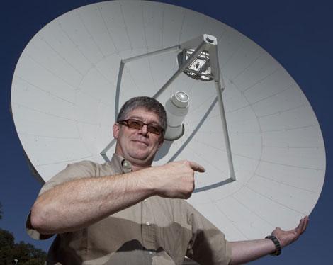 Jan Tauber, en el centro de la ESA en las afueras de Madrid. | Gonzalo Arroyo